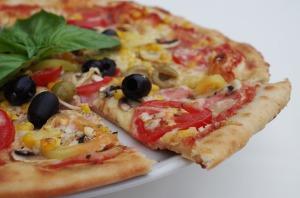 pizza-1081543_960_720